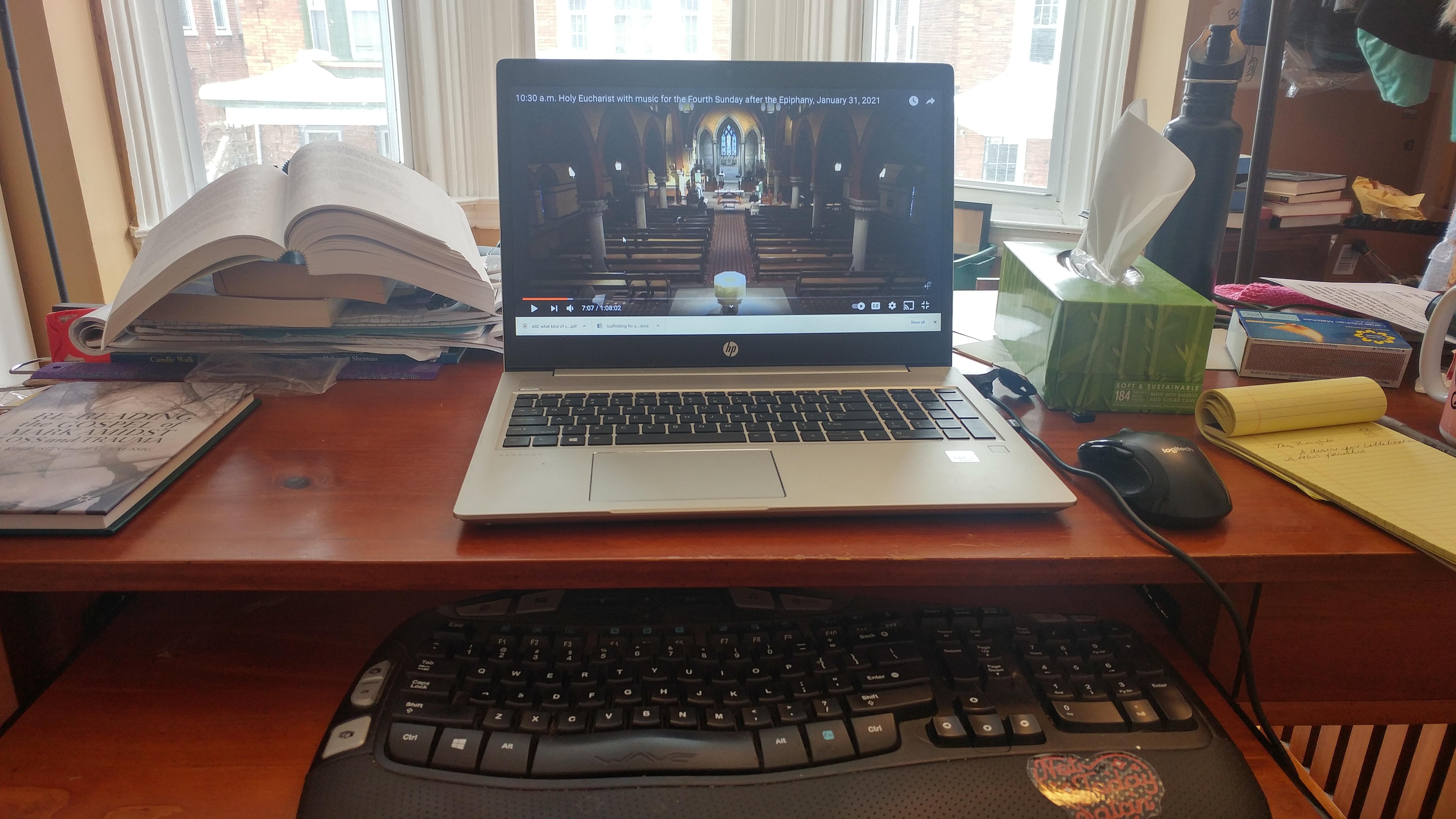 desk-before_466