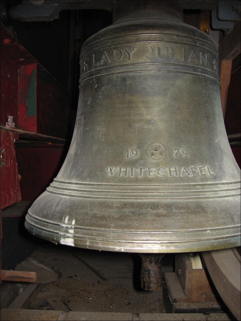 lady-julian-bell_464